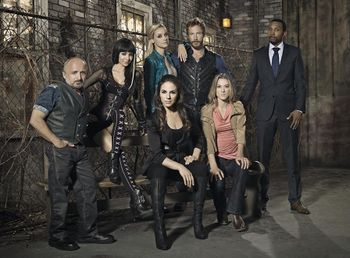 Lost Girl (TV Series) - The Wiki of the Succubi - SuccuWiki Lost Girl Dyson Kidnapped